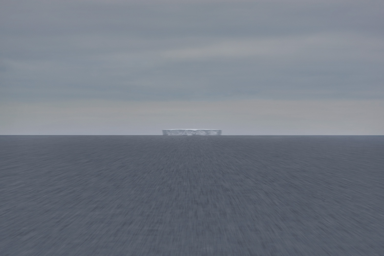 Bismarck Strait c-print under acrylic glass 80 x 120 cm